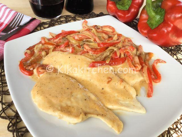 Petto di pollo con peperoni e crema al latte kikakitchen for Secondi piatti ricette