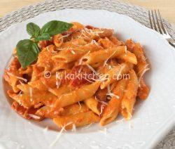 Pasta con i peperoni ricetta facile e veloce
