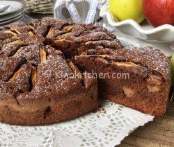 Torta di mele e cioccolato fondente alta e soffice