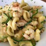 Pasta zucchine e gamberetti bimby facile da preparare