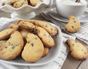 Biscotti con gocce di cioccolato fondente (gocciole)