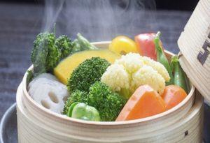 Come cuocere a vapore consigli pratici e alternative