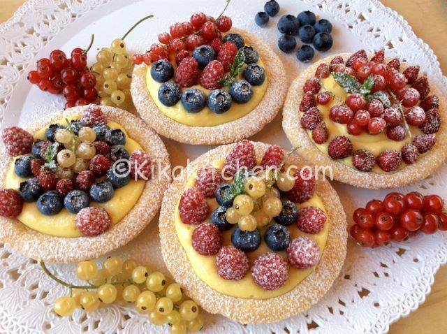 dolci con i frutti di bosco