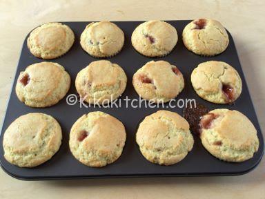 muffin soffici con marmellata