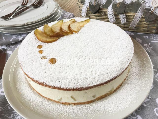 torta fredda ricotta e pere