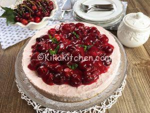 Cheesecake alle ciliegie senza cottura. Ricetta facile.