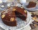 Torta noci e cioccolato fondente. Ricetta facile