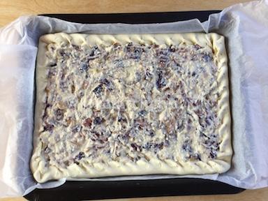 torta salata con radicchio ricotta e pancetta