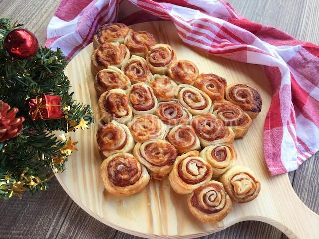 spesso Albero di natale con pasta sfoglia. Antipasti natalizi | Kikakitchen ZX01