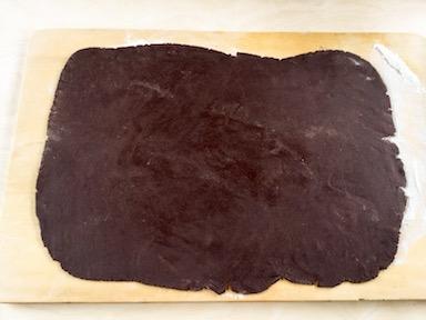 stendere la frolla al cacao