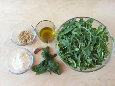 ingredienti pesto di rucola